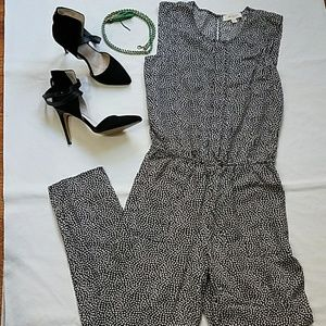 Two by Vince Camuto Orb Ditsy Pattern Jumpsuit